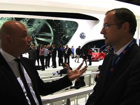 Interview de Sébastien Briard Chef de Gamme Volkswagen au Mondial de l'Automobile 2012