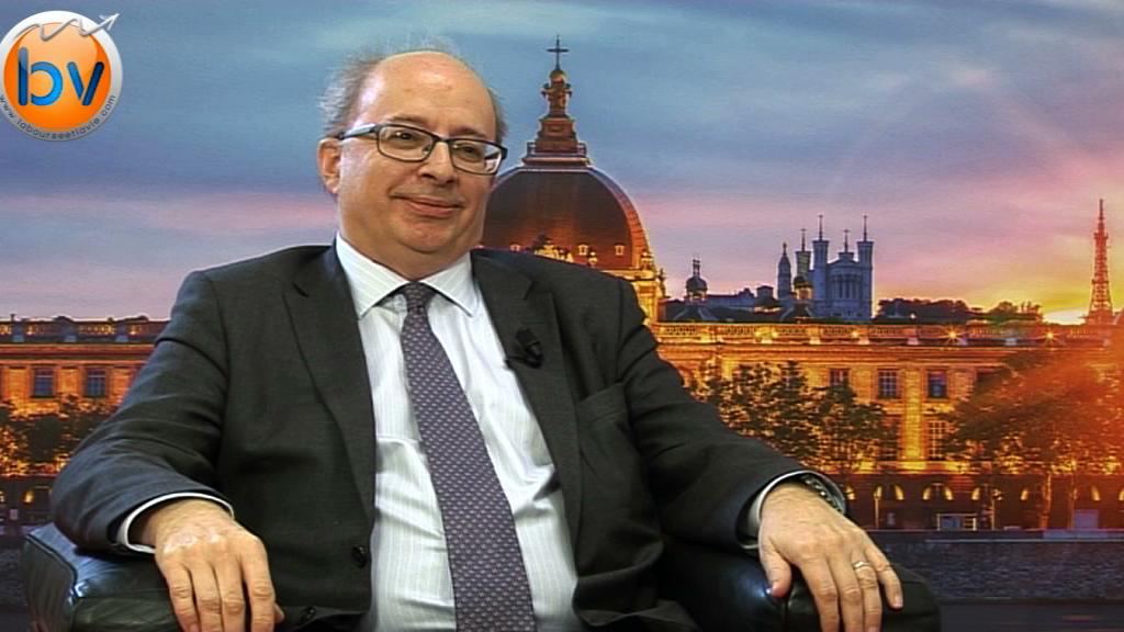 """Michel Favre Directeur Financier Faurecia : """"Nous sommes très optimiste pour l'année 2015"""""""