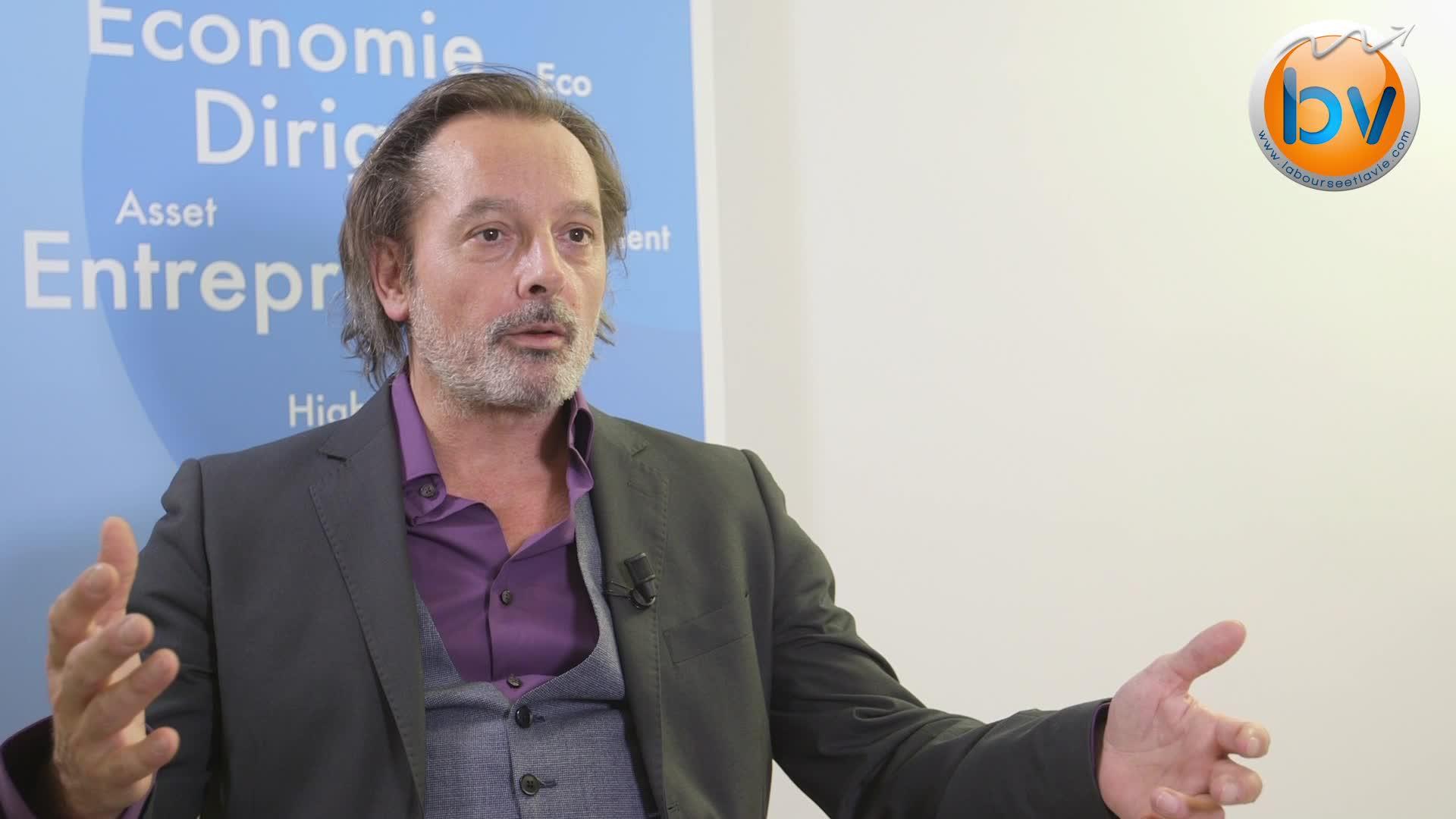 """Christophe Alévêque : """"Être ignorant c'est l'usine à conneries"""""""