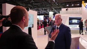 Laurent Burelle Pdg Plastic Omnium : «La famille Burelle est très attachée à ses affaires, tout n'est pas à vendre» : La Web Tv au Mondial de l'Automobile 2016